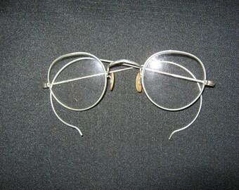 Wire Rim  Glasses, Delicate Frames, Bifocal Lens, Vintage Eye Glasses,  Accessory, Etched Design On Rims