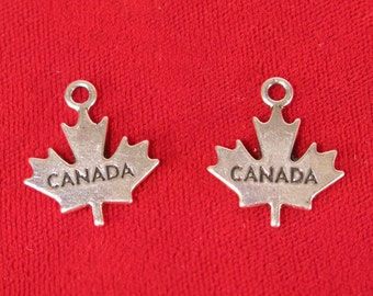 "5pc ""Canada maple leaf"" charms in antique silver style (BC863)"