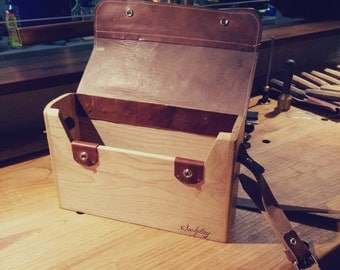 Messenger. A Large wooden shoulderbag.