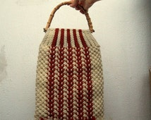 20% Off Vintage 70s Macrame Handbag in Red and White, Handwoven Purse with Bamboo Handles, Wool Yarn Chunky Knit Shopping Tote, Market Fabri