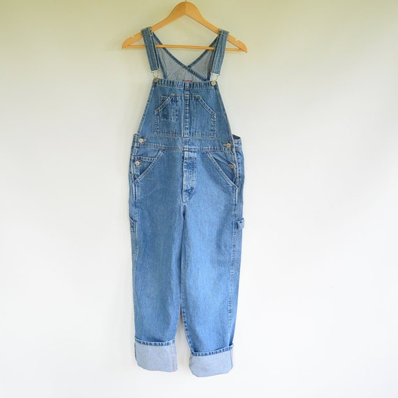 Boys' Overalls Are Fit for Any Weather Boys' overalls are a type of trousers that have a front flap, or bib, which rises over the chest area. It's held up with straps or .