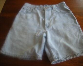 "slightly distressed levi""s shorts--Levi's 550-light blue-size 8"