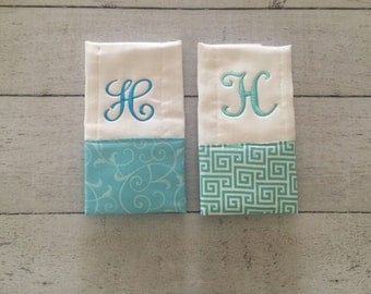 Personalized Baby Burp Cloth Set of 2, Gender Nuetral Bib and Burp Cloth