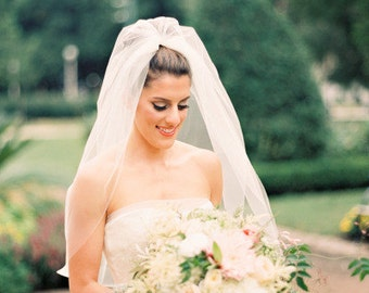 Elbow length Wedding Bridal Veil Light Ivory, Wedding veil bridal Veil Elbow length veil bridal veil cut edge veil