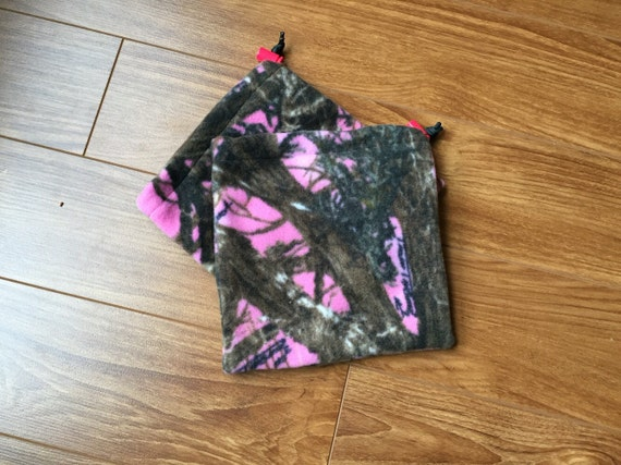 Pink Camo Stirrup Covers
