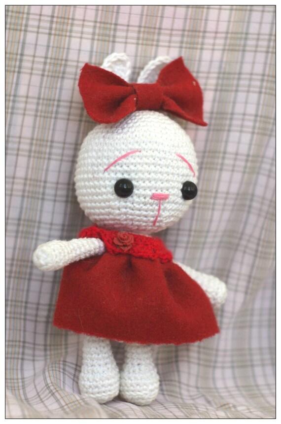 Tiny Amigurumi Rabbit : Crochet amigurumi bunny rabbit doll toy Ooak cute kawaii