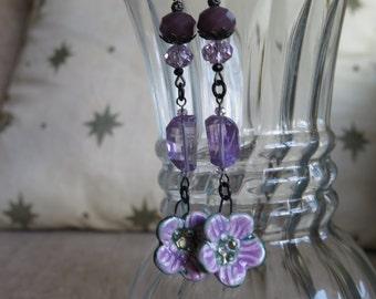 purple earrings, violet earrings, lavender earrings, flower earrings, floral earrings, amethyst earrings, pretty earrings, artisan earrings