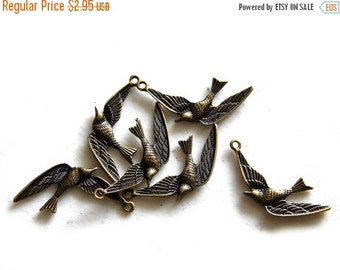 SALE 6 Bronze Swallow Charms