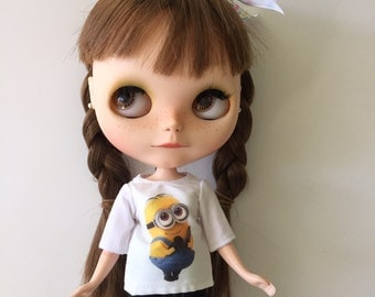 Minion t shirt for blythe or pullip doll