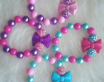 Set of 4 Party favor bracelets.. Girls bracelets.. Party favors.. Girls party