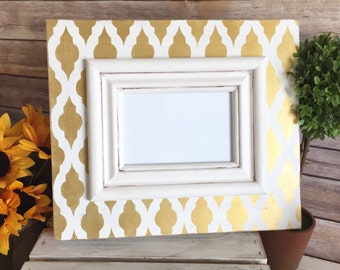 Distressed Frame with Gold Moroccan Drop Trellis Pattern and Cream Distressed Trim