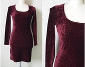 Burgundy velvet Dress Mini tight body con ribbed dress Vintage 90s Grunge goth Club kid long sleeved XS Extra small