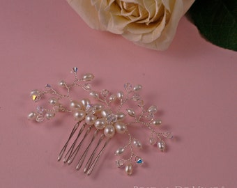 Pretty Freshwater Pearl and Crystal Flower Spray Hair Comb Made with CRYSTALLIZED™ - Swarovski Elements