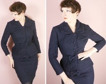 50s 60s LILLI ANN suit - skirt and jacket in dark blue - sculpted fit with BOW detail - Mid Century designer suit - uk8 / Small