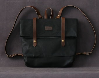 Waxed canvas backpack JUDITH black