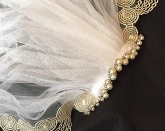 Modern vintage look wedding veil