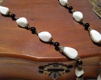 Necklace beaded black and white vintage necklace