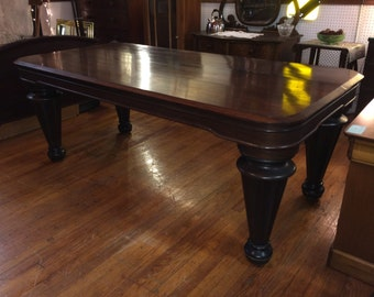 Grand Rosewood Table