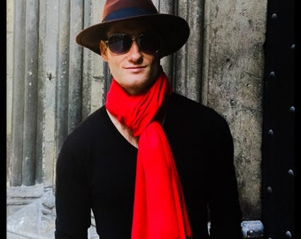 Señor Palma's large Red  Cashmere Scarf