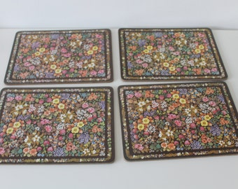 Lovely Set of 4 Vintage Disty Floral Print Retro Placemats