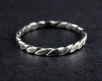 Sterling Silver Simple Filigree Ring