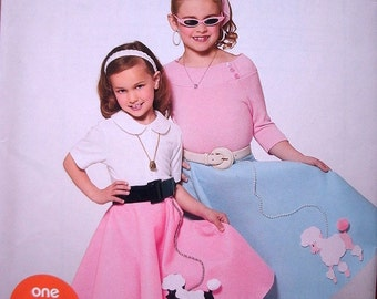 Simplicity SewSimple Pattern 0898 Girls Poodle Skirts in Sizes 3-4-5-6-7-8-10-12-14 One Easy Project NEW PATTERN