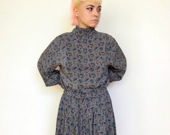 Long-Sleeved Paisley Pattern High Collar Dress