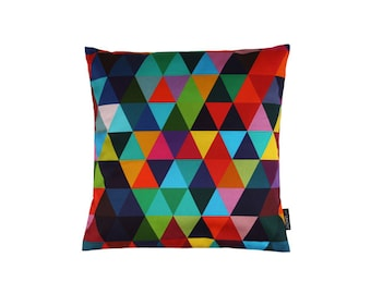 Pillow - spring 20 - geometric pattern