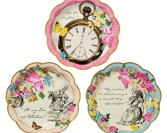 24 charm Truly Alice Dainty paper party plates.