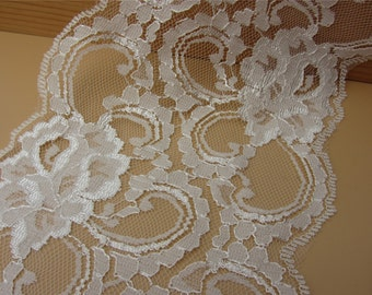 off white wave Lace Trim FLaT 13.50cm ~ FLoRaL~One yard Beautiful vintage style white lace,Cute  white rose  lace,Accessories,