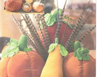 PUMPKINS and GOURDS, Plush Home Decor, McCall's Crafts Sewing Pattern 4189, Uncut