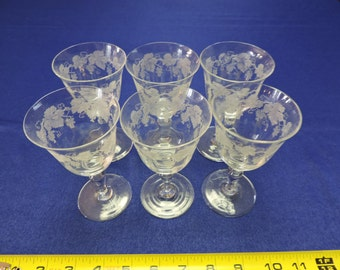Vintage Set of 6 Etched Wine Glasses with Grapes and Vines.