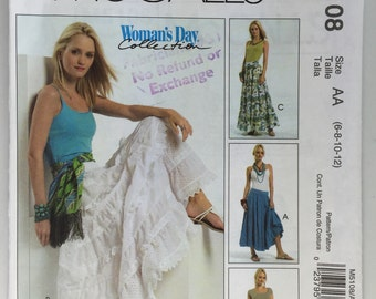 McCall's M5108 Misses' Tiered Flared Skirt size 6,8,10,12 uncut Dated 2006
