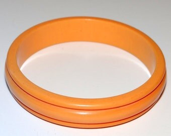 Bakelite Bangle Bracelet 1950s Butterscotch Grooved Tested Positive