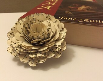 20 Vintage Book Paper Flowers-Book Paper Wedding-Decor-Party-Gift Topper
