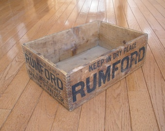 Early 1900s RUMFORD BAKING POWDER shipping crate - Dovetail Corners - Antique - Advertising - Collectible
