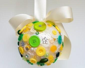 Spring pomander, aisle decor, church pew decor, flower girl pomander, pomander ball, gift for her, best friend gift, gift for girlfriend,