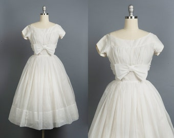 Vintage 1950s wedding dress // 50s organza wedding gown