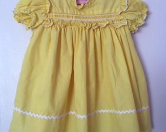 Vintage Sunshine Yellow Dress. Yellow Baby Dress w/ White Rick-Rack. Vintage Sunshine Yellow Cotton Dress w/ Matching Bloomers.