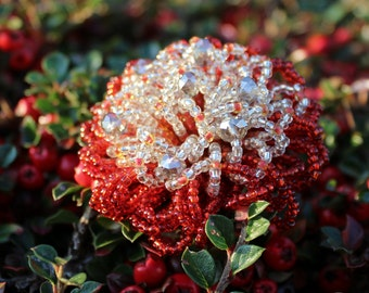 Celebtare the Autumn!Red beaded  brooch 5cm in deameter