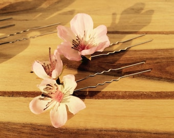 Floral hairpins - set of 4. Lovely soft pink cherry blossom flowers, Wedding accessories, Bridal hair, Bride, Flowergirl