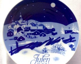 Porsgrund Christmas Plate - 1982 - White Christmas - Vintage Plate