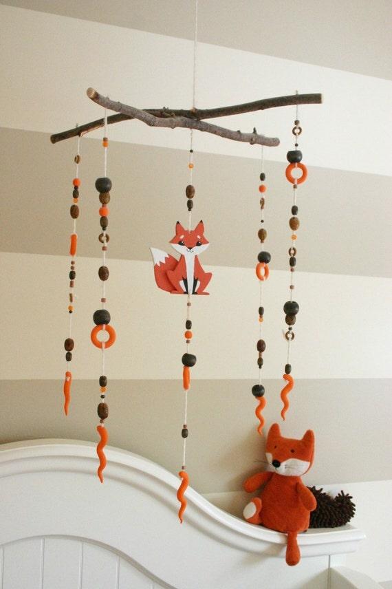 mobile b b renard en bois sur mesure d cor chambre de b b. Black Bedroom Furniture Sets. Home Design Ideas
