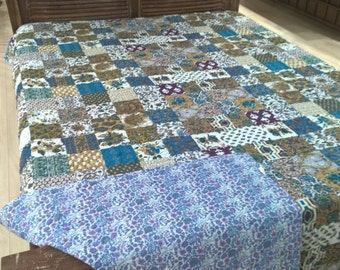 Cotton Patchwork quilted queen size bedspread throw handmade reversible bed linen from jaipur