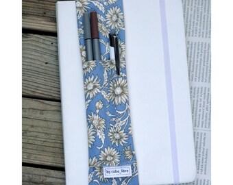 Notebook pen holder - Leaves
