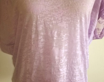 Lilac tee shirt