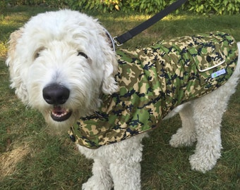 Camouflage Dog Raincoat, Dog Coat, Reflective, 4 different sizes, fleece lined coat, water repellent, dog coat for boy, dog coat for girl