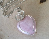 Rose Quartz Wire Wrapped Pendant- Women's jewelry- Rose Quartz Necklace - Handmade Jewelry- Wire Wrapped Pendant