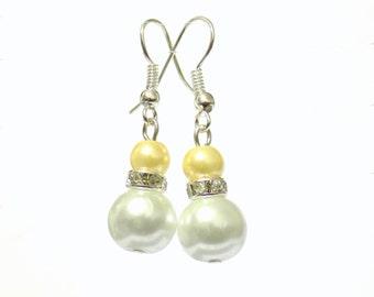 White and yellow pearl earrings, white pearl earrings, yellow pearl earrings, pearl earrings, drop earrings, dangle earrings, earrings