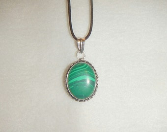 CLEARANCE - Oval Green Malachite pendant necklace in .925 sterling silver (P580)
